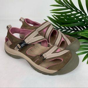 KEEN Beige Pink Comfort Hiking Sandal w Buckle 10